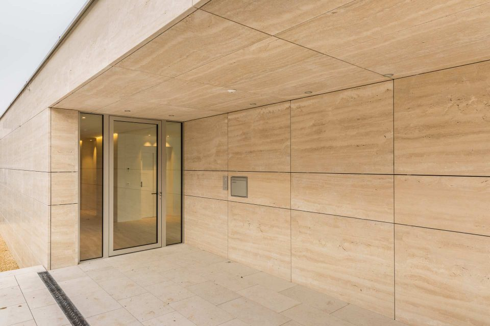 Naturstein Platten Außenfassade